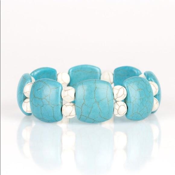 ✨3 for $10✨ Turquoise bracelet